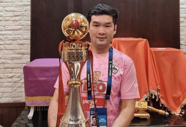 บิ๊กฮั่น แสดงความยินดี บีจี คว้าแชมป์เร็วสุดในไทยลีก ฤดูกาล 2020/21